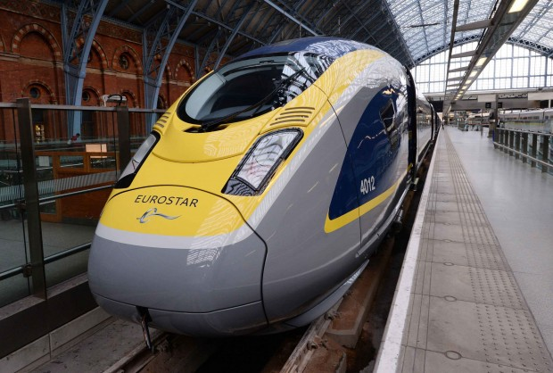 New London-Paris Super Train. Top Speed of 320km/h.